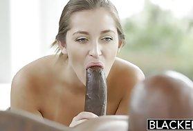 免费的肛门荡妇丹尼丹尼尔斯第一个种族之间的免费的视频大的阴部