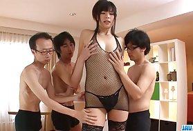 肛门们布赖恩,以使日本的大屁股娘们