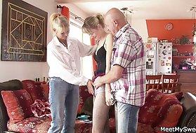 肛门的自助餐3夫妇勾引青少年和屁股阴茎在猫